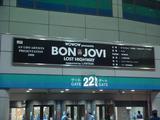 BON JOVI公演の看板